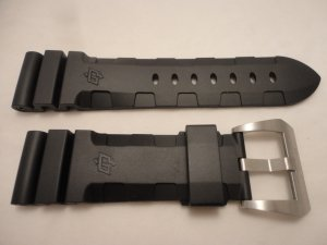 24mm Black Accordian Rubber Dive Strap w/ Buckle for 44mm Panerai