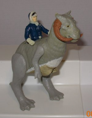 STAR WARS VINTAGE HAN SOLO WITH TAUNTAUN