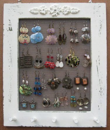Cream Shabby Chic Jewelry Display Rack