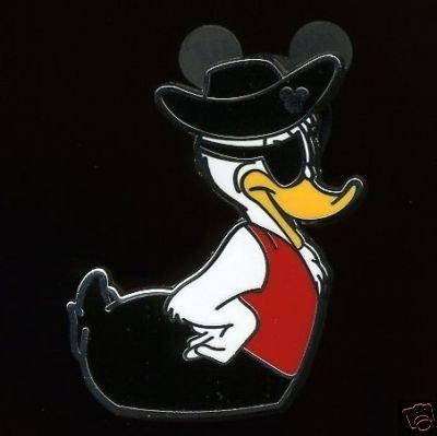 Disney Pin Hidden Mickey Rubber Duck Pirate!