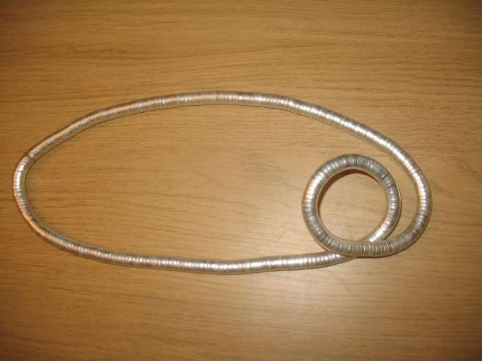 Twist metal necklace in silver