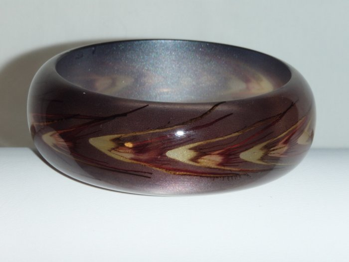 Brown handpainted wheat motif resin bangle