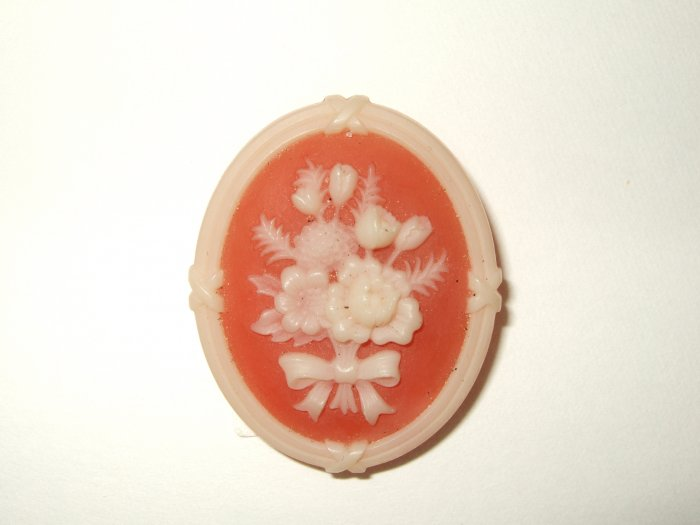 Avon Flower Cameo Pin