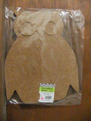 OWL bird SHAPED small ish novelty MEMO corkboard BULLETIN shabby CORK chic BOARD