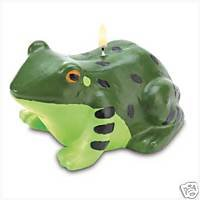 Friendly Two Toned Green Frog Candle