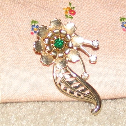 """Vintage Costume Jewelry Goldtone 2 1/2"""" Flower Pin with Faux Emerald Stone"""