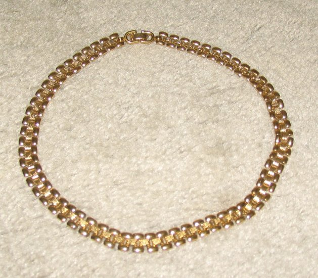 "Is Monet Jewelry Real >> Vintage Costume Jewelry 17"" Monet Goldtone Necklace"