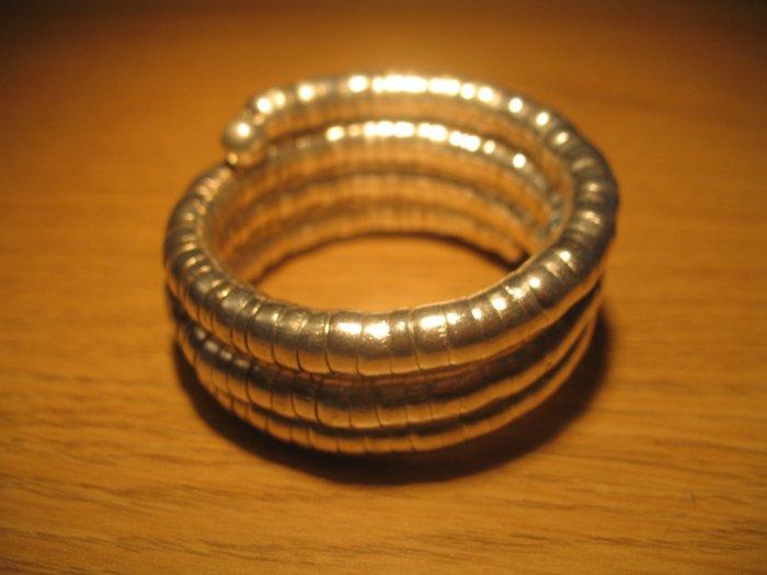 Silver spiral coil metal bangle (£7.50)
