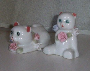 Pair of Porcelian Cats