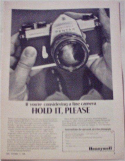 1968 Honeywell Pentax Spotmatic Camera ad