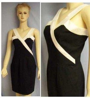 Paris france black white halter dress Sm US 4 French 38