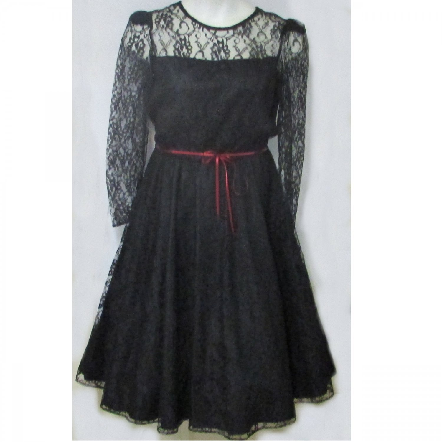 Vintage 1960s lace cocktail party dress full skirt B40 large