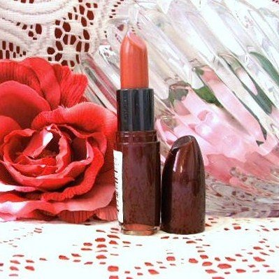 Revlon Absolutely Fabulous Creme Lipstick 03 Boast