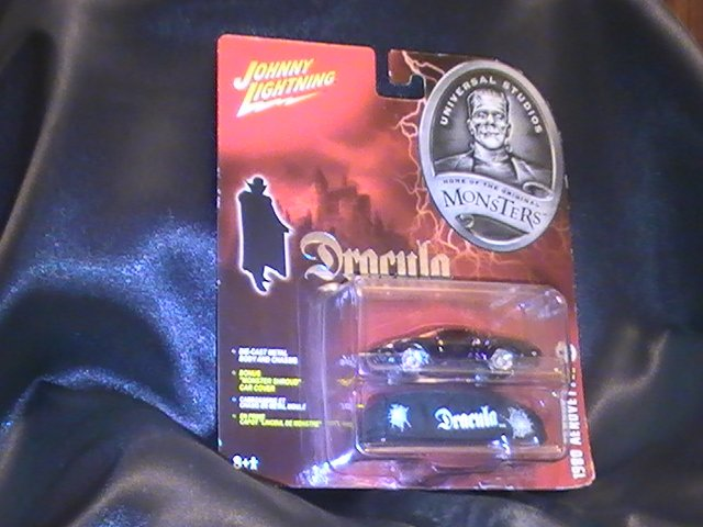 JOHNNY LIGHTNING DRACULAMOBILE