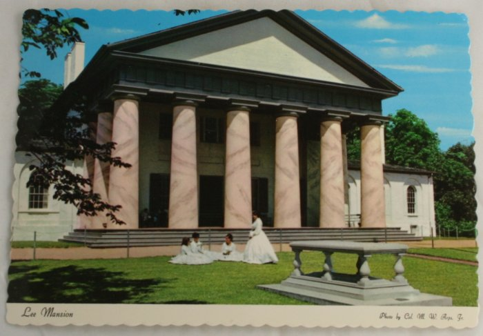 """Custis Lee Mansion"" VINTAGE POSTCARD Arlington VA"