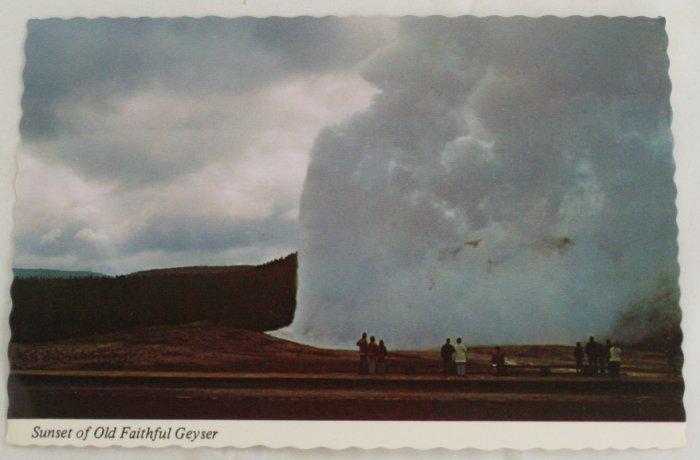 """""""Sunset Old Faithful"""" 60s VINTAGE POSTCARD Yellowstone"""
