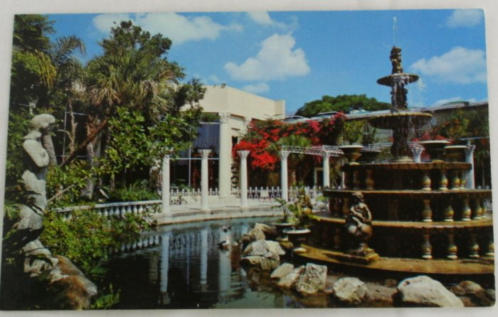 """Kapok Tree Inn""  VINTAGE POSTCARD Clearwater Florida"