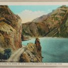 White Border-VINTAGE POSTCARD-Yellowstone-Shoshone Reservoir