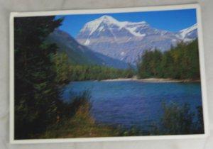 VINTAGE POSTCARD Canada,Jasper National Park,Mount Robson
