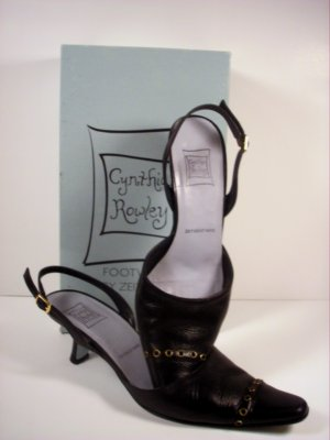 CYNTHIA ROWLEY Black Leather Slingback Pumps Shoes 7 Kitten Heels