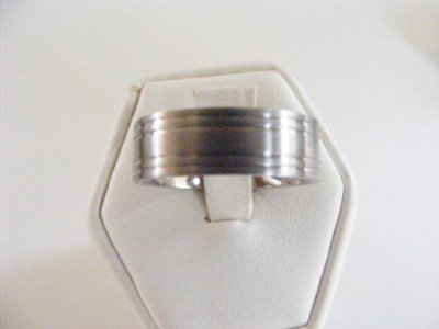Men's Titanium Band Style Ring size 9