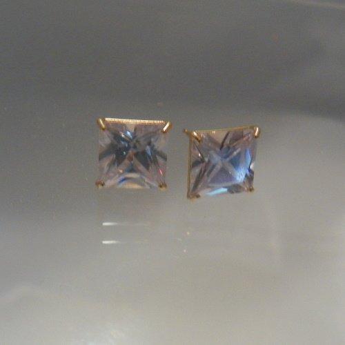 10kt Yellow Gold Basket 6x6mm Cubic Zirconia CZ stud earrings