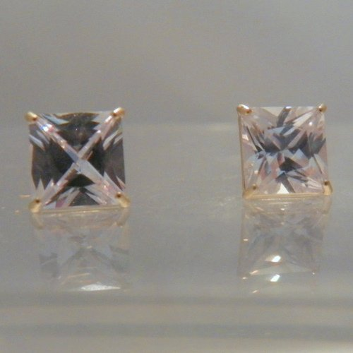 10kt Yellow Gold Basket 8x8mm Princess Cut (Square) Cubic Zirconia CZ stud earrings