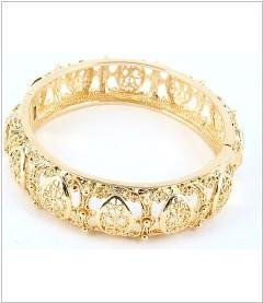 FASHION BRACELET 14KT GP DECORATIVE BANGLE