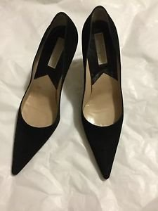 EXCELLENT CONDITION Micheal Kors Gold Label Black Suede Pumps - 8.5