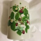 """EXCELLENT CONDITION Portmeirion Summer Strawberries Canister w/ Wood Lid - 8.25"""""""