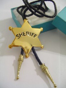 GOLD TONE Sheriff STAR BOLO TIE WESTERN COWBOY NECKLACE