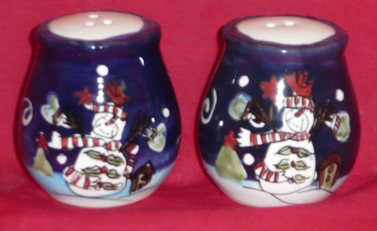 Salt & Pepper Shakers (Snowman)