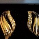 Retired Avon 1994 CHANTALLE Clip EARRINGS Goldtone