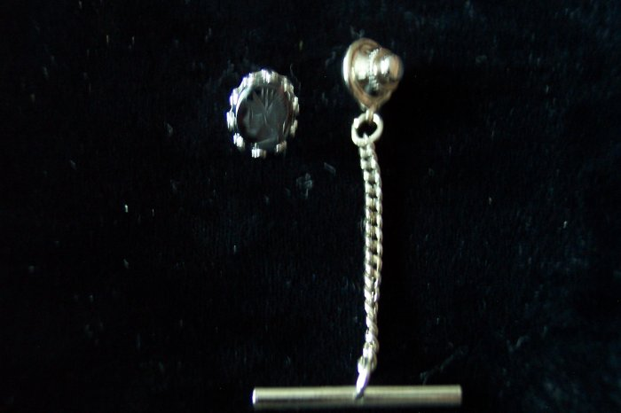 Vintage Silvertone Gray Etched Glass Stone Greek Figure Spartan Warrior Tie Tac Men's Jewelry