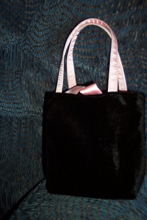 Vintage NWT Victoria's Secret Black Velvet Purse Tote Handbag Double Straps Pink Satin locationw1