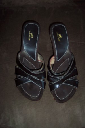 Classic Brown So Wear It Declare It Plaid Trim SANDALS Shoes Size 8 M loc18W