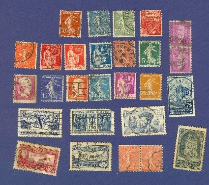 France 25 Stamps Packet No 4699