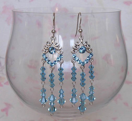 Loopy with Crystals Aquamarine