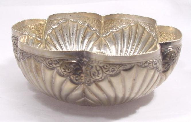 VICTORIAN SILVER PLATE BOWL