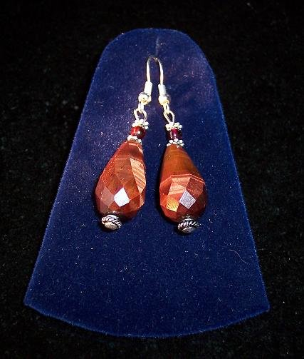 TIGER's eye/Garnet/Tibetan silver 3 pc set: earrings & pendant.