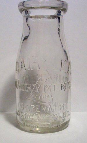 Vintage Dairylea Dairy Men's League Co-Operative Association Inc Half Pint Milk Bottle