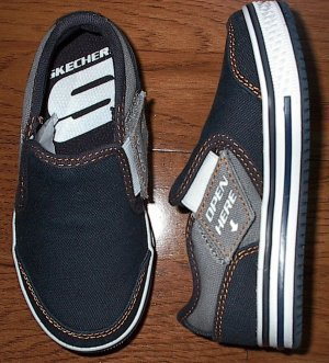 NEW Skechers Toddler Boys Athletic Skater Canvas Shoes Size 9 NIB