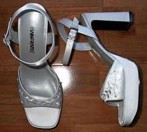 """Bridal Bride's Wedding Shoes Size 7.5 7 1/2 M 4"""" Heals White"""