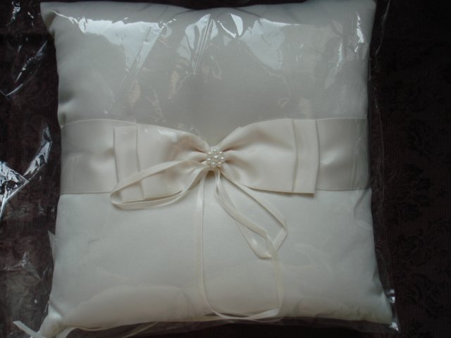 PEARL BOW and  RIBBON BRIDAL WEDDING RING BEARER PILLOW Ivory color