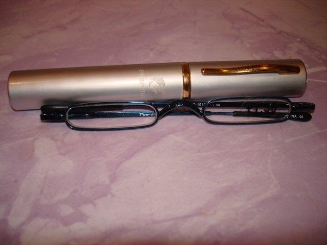 New-Extra Slim black metal frame Reading Glasses +1.50 Slim clip on Sturdy  Pen Shape Case
