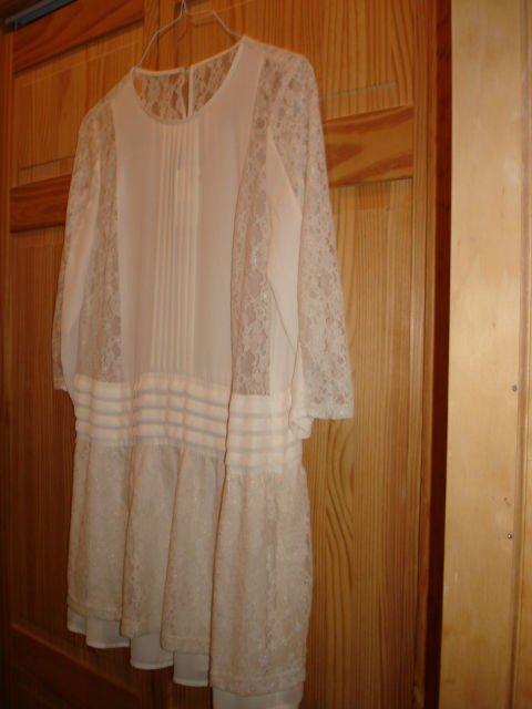 NWT Off white/Ivory H&M DIVIDED women Chiffon Pleats dress bodice 6,10,12