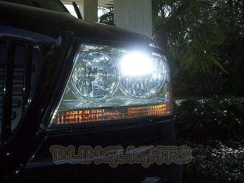 Lincoln Aviator HID Head Lamp Replacement Light Bulbs Set Pair