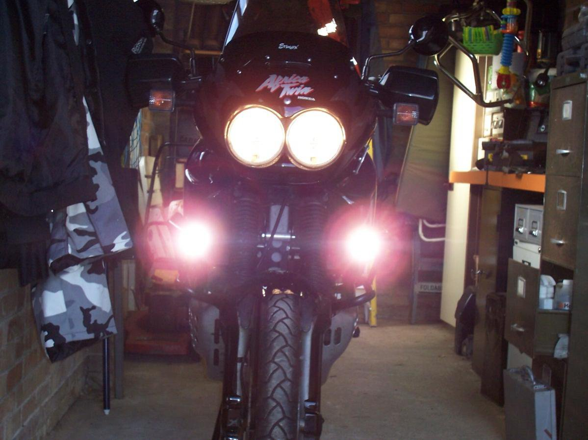 Honda Africa Twin XRV650 XRV750 CRF1000 PIAA 1100x Auxiliary Driving Lamp Kit
