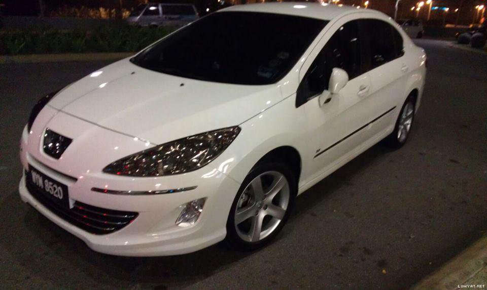 Peugeot 408 Smoked Uncut Head Lamp Film Overlay Covers