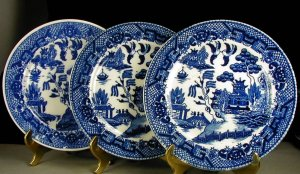 Japan Blue Willow 3 Bread and Butter Plates